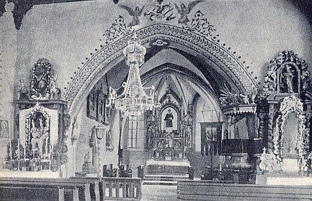 Interiér kostela sv. Vavřince v Přídolí