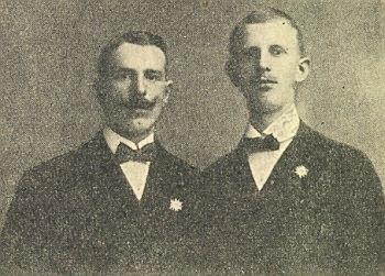 Ignaz (vpravo) a Johann Gottsmichovi v létě 1919 s odznaky katolického hnutí Edelweiss