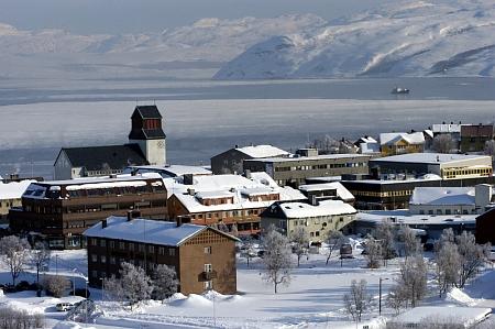 Poválečná výstavba ve měste Kirkenes svědčí o škodách, způsobených válečným bombardováním