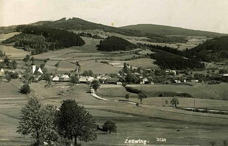 Stará pohlednice rodných Cetvin je dílem Franze Seidela