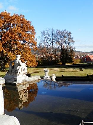 Zámecká zahrada v Českém Krumlově na podzim 2013