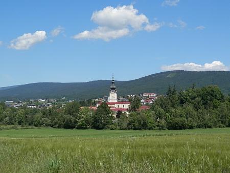 Dnešní (2014) pohled na klášter Schlägl a Aigen v pozadí