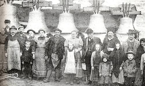 Loučení se zvony na nádraží Lipenský zdvih