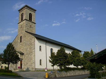 Neureichenau, kde působil jako učitel