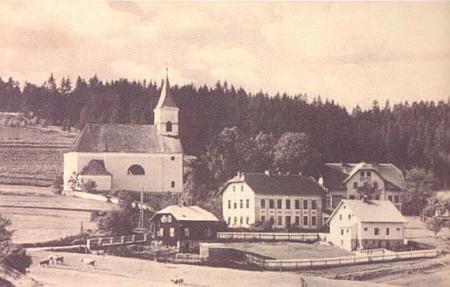 Dvě další staré pohlednice Hojsovy Stráže (autorem té vpravo je Josef Seidel)