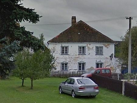Dům čp. 2 v Božejově na snímku z roku 2011