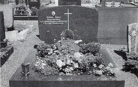 Hrob Antona Haase v Tirschenreutu
