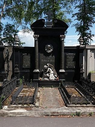 Rodinná hrobka na českobudějovickém hřbitově u sv. Otýlie
