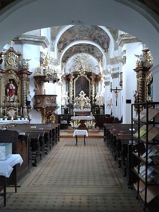 Kostel Všech svatých ve Stříbře, kde byl pokřtěn