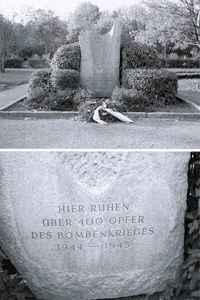 Památník obětem spojeneckého bombardování Vídně, kde je uloženo na Ústředním hřbitově vhromadném hrobě více než 400 těl pravděpodobně i to její