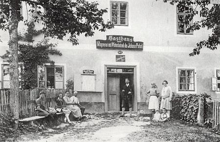 Poferlův hostinec, jehož majitel měl v Glöckelbergu první automobil