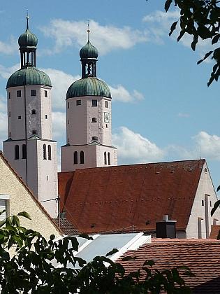 Kostel sv. Jimrama ve švábském Wemdingu, kde zemřel ajepochován