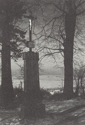 """Tak řečený """"Rötzer-Kreuz"""" na cestě zvané """"Hochstraße"""" při Neukirchen beim Heiligen Blut"""