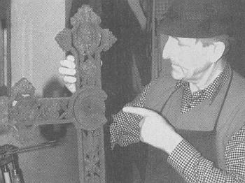 S poškozeným křížem z okolí Lindbergu...