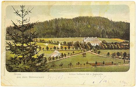 Celkový pohled na areál zámku v Debrníku (pohlednice)