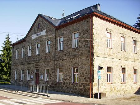 Škola v Černé v Pošumaví