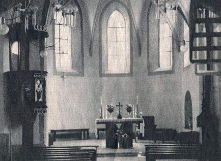 Původní a současný stav interiéru kostela