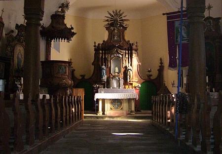 Vnitřek kostela v Křišťanově