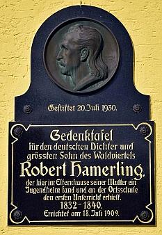 Rodný dům jeho matky v Grossschönau, kde v dětství žil a navštěvoval místní školu