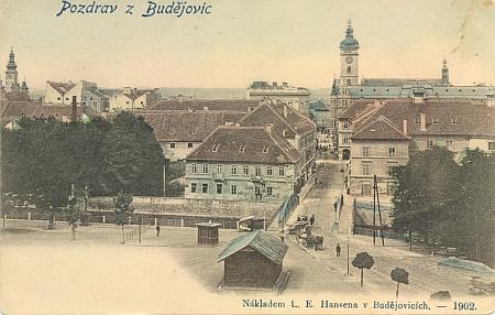 """Česká pohlednice  """"Pozdrav z Budějovic"""", vydaná nákladem firmy L. E. Hansen roku 1902"""