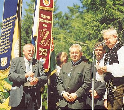 S hornorakouským hejtmanem Pühringerem (uprostřed) na Třístoličníku