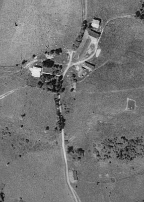... a Pustina na leteckých snímcích z let 1950 a 2008