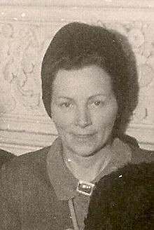 Jeho manželka Emmi, roz. Kallaová, na snímku z roku 1947
