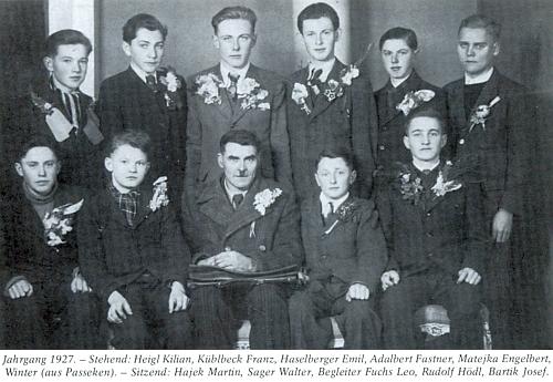Při odvodu ročníku narození 1927 za války do tzv. Říšské pracovní služby