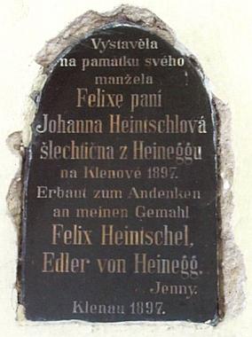Pamětní deska v kaple