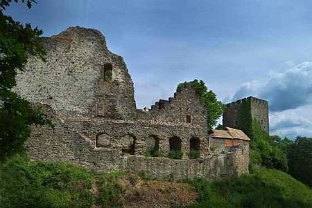 Hrad a zámek Klenová