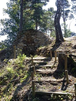 Torzo hradní věže