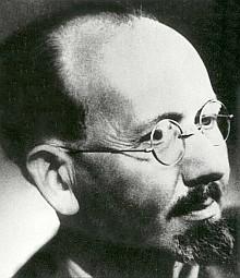 Jeho vnuk, významný český hudební vědec Vladimír Helfert