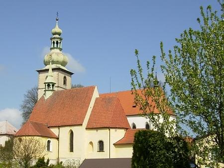 Dva kaplické kostely (sv. Petra a Pavla a sv. Floriána)