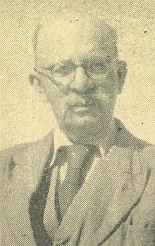Její tatínek, pan řídící ze Štítar Josef Fleischmann...