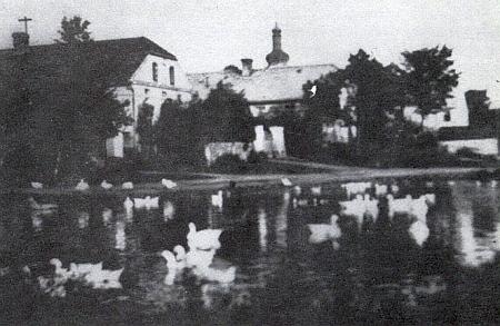 Návesní rybník v Šitboři na starém snímku