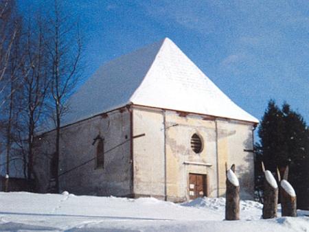 Kostel v Pohorské Vsi bez věže před rekonstrukcí