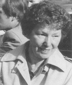 """Tento snímek přiložila ke svému rozloučení s rolí zpravodajky rubriky """"Theresiendorf"""" v krajanském časopise, kterou zastávala po 30 roků až do svých 89 let"""