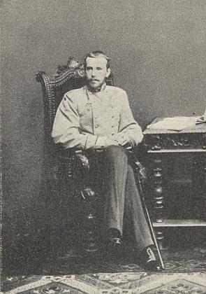 Korunní princ Rudolf na snímku z téhož roku 1884, kdy Hochstetter zemřel