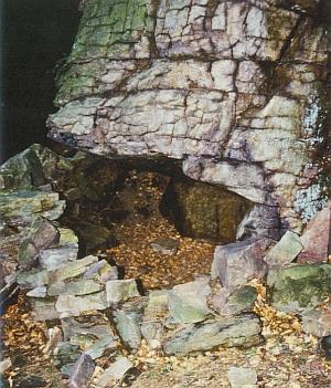 """Dva jiné záběry """"Žebříckých skal"""""""