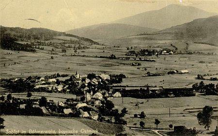 Záblatí vprostřed poklidné selské krajiny v úrodném údolí řeky Blanice