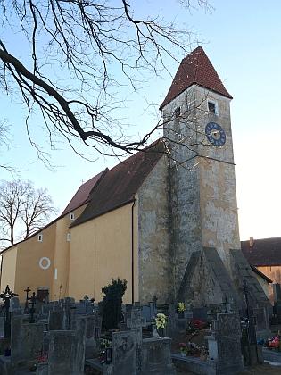 Kostel sv. Bartoloměje v rodných Malontech