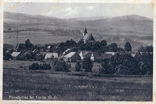 """Malonty na pohlednici z dob, kdy obec náležela župě """"Oberdonau"""""""