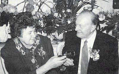 S manželkou Theresií o zlaté svatbě roku 1994