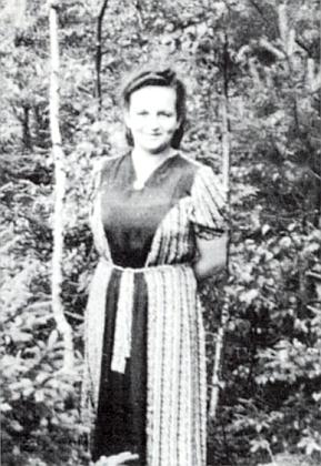"""Tento snímek doprovázel v krajanském časopise vzpomínku Inge Feilové najejí """"tetu z mateřské školky"""""""