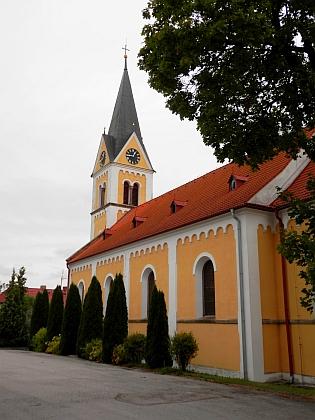 Kostel Neposkvrněného početí Panny Marie v Černé v Pošumaví, kde byla pokřtěna ona i její maminka