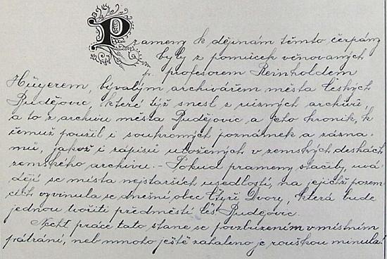 """O tom, jak veliká byla jeho autorita a přímo nepostradatelnost i u česky píšících autorů, svědčí tato strana z obecní kroniky Čtyř Dvorů, odvolávající se na jím věnované archivní """"pomůcky"""" o nejstarších zdejších usedlostech"""