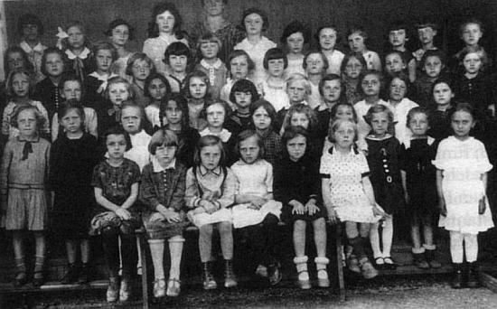 Školní foto z roku 1931