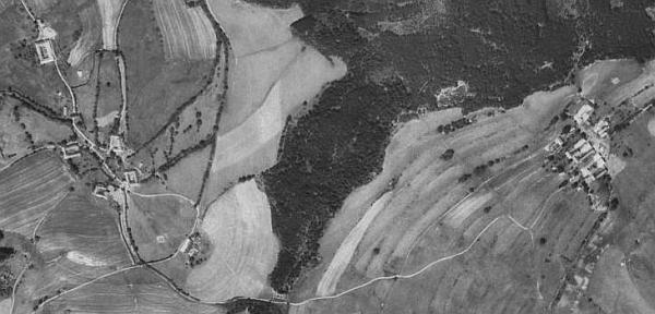 Horní Přísahov a Žumberk na leteckých snímcích z let 1952 a 2011