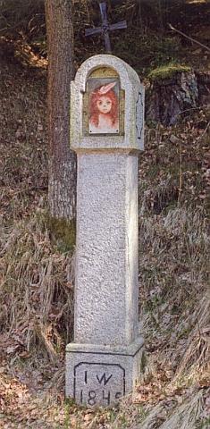 Boží muka před bývalou obcí Veveří