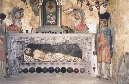 """""""Boží hrob"""" v kostele sv. Bartoloměje ve Ktiši"""